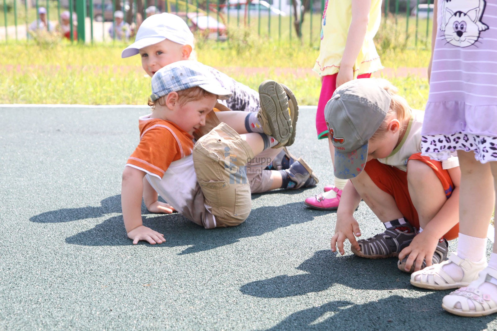 Лавочки для детских площадок цена