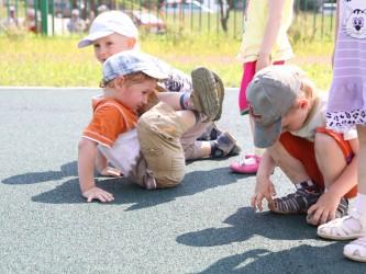 Для детских игровых площадок с бетонным основание
