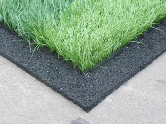Подложка под покрытие с искусственной травой